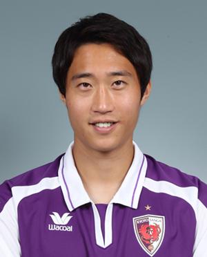 イ ヨンジェ -  LEE Yong Jae