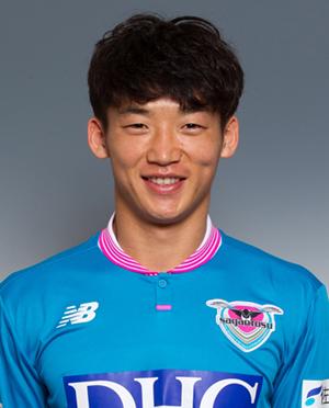金 民友 -  KIM Min Woo