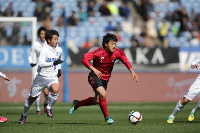 堂安(G大阪ユース)らプロ予備軍を多数擁したJリーグ選抜だったが、高校選抜に惜敗