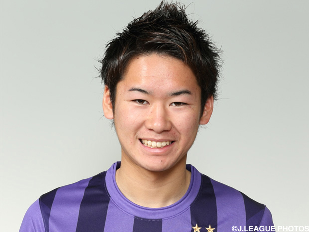 Sanfrecce youth Takahashi delighted to sign Pro A contract