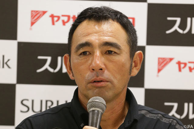 Hasegawa and Usami left to lament outright Gamba defeat