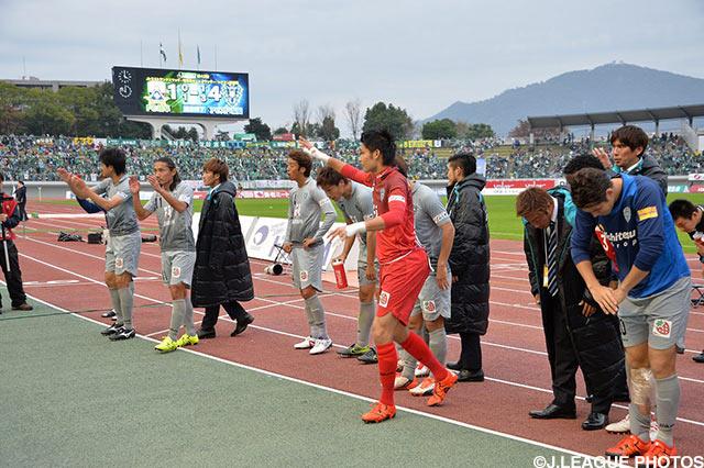 福岡は猛追及ばずプレーオフに回ることに