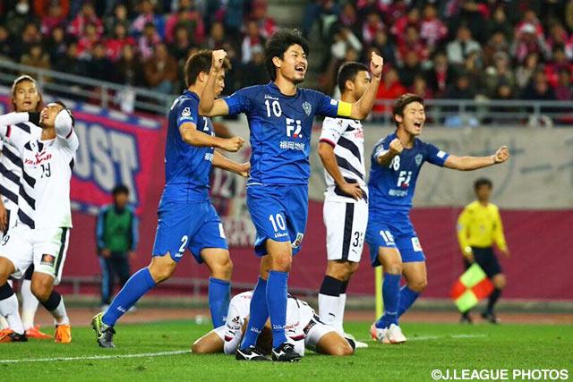 リーグ戦3位のチームとして初めて昇格プレーオフを制した福岡