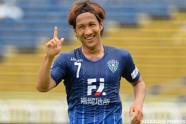 金森 健志の2ゴールなど4得点を挙げた福岡が、新潟を下してグループステージ突破を決めた。