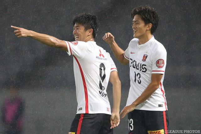 武藤と高木のゴールで逆転勝利を収めた浦和。