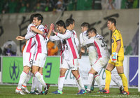 Cerezo, Fagiano advance to J1 Promotion Playoff final