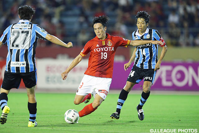 Albirex sign defender Yano