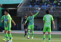 Bellmare retain first place, Verdy win fourth straight