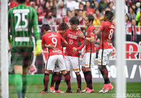 Reds grind out tense win over Consadole