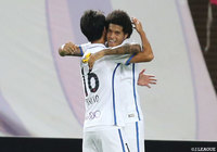 Leandro cements Antlers place atop J1 League