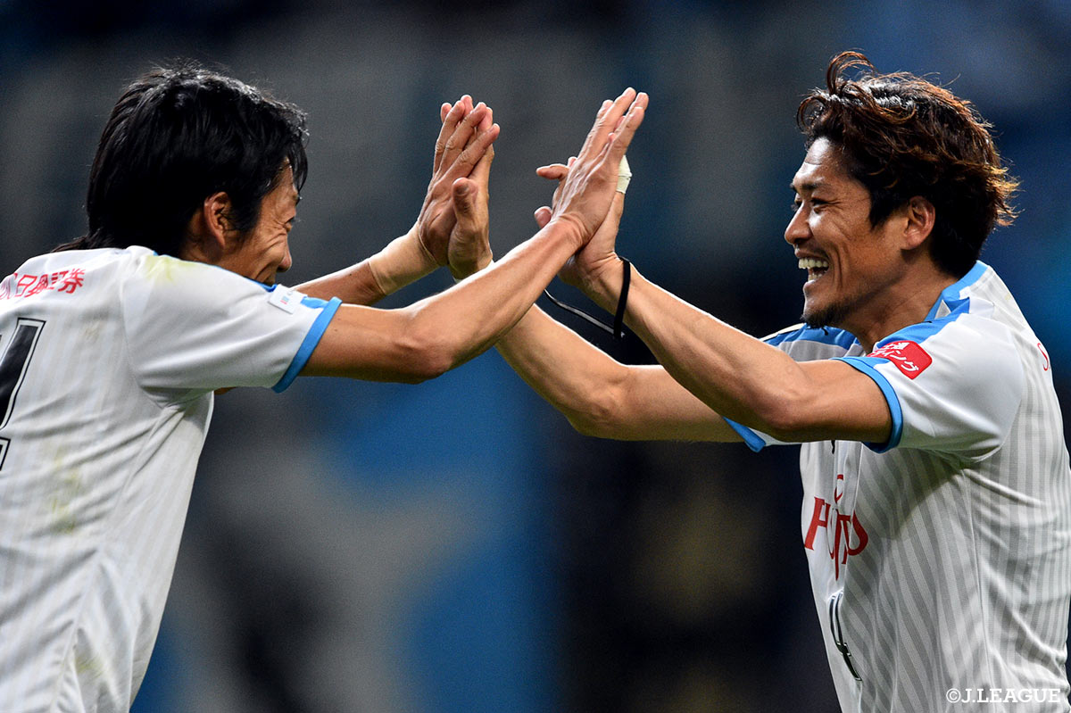 Frontale rise to first after Jubilo hold Sanfrecce