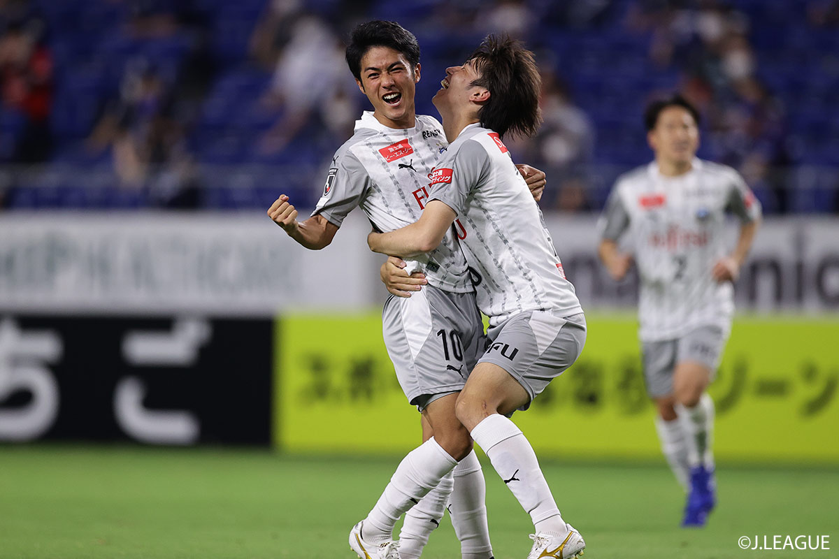 Oshima S Strike Leads Kawasaki Frontale Past Gamba Osaka Sagan Tosu Claim First Victory Of The Season J League Jp