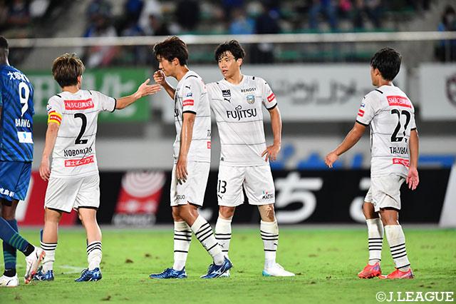 川崎Fが徳島を下し首位の座をキープ! FC東京は長友復帰を祝う4発完勝を収める【サマリー:明治安田J1 第29節】
