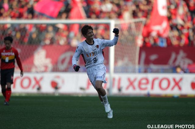 直接FKを決めた野沢 拓也(鹿島)【2011年 名古屋vs鹿島】