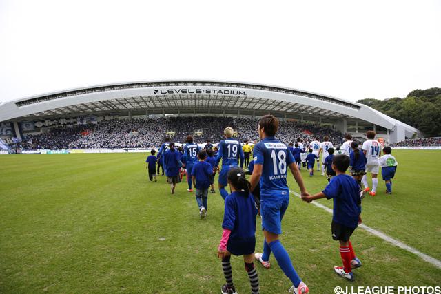 自動昇格はならなかった福岡だが、後半戦の成績はJ2トップだった